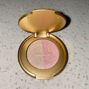 Too Faced mini Candle light Highlighter